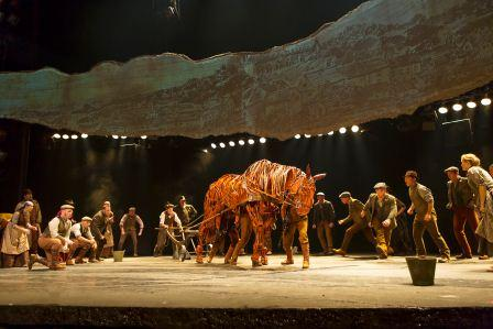 Joey and the U.S. National Tour of WAR HORSE. Photo © Brinkhoff/Mögenburg