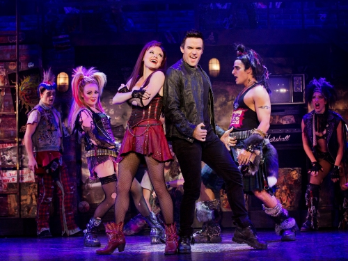 The cast of the national tour of We Will Rock You. © Paul Kolnik